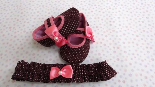 Sapatinho poás marrom com tiara by Cute for Baby by Mirian Rezende