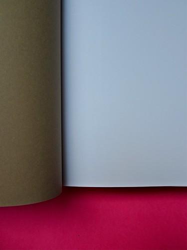 Michael Nedo (a cura di), Una biografia per immagini. Carocci 2013. Progetto grafico di Shoko Mugikura e Michael Nedo. Falcinelli & co. per l'ed. it. Carta di guardia, prima pagina (part.) 1