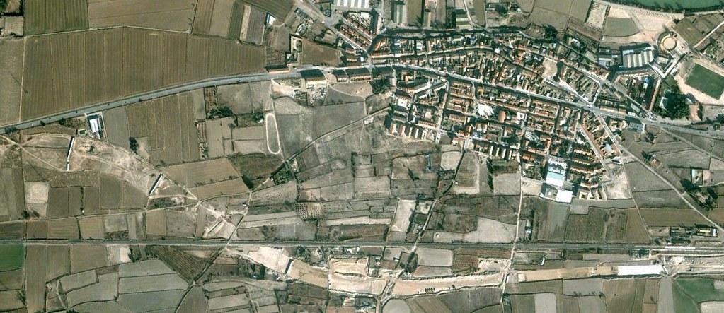 el burgo de ebro, zaragoza, the discreet charm of the bourgeoise of ebrus, antes, urbanismo, planeamiento, urbano, desastre, urbanístico, construcción