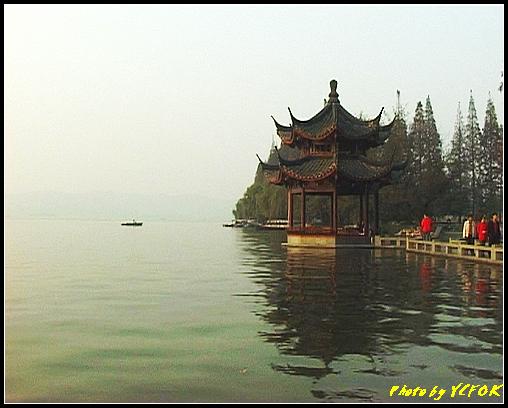 杭州 西湖 (其他景點) - 551 (西湖十景之 柳浪聞鶯 在這裡準備觀看 西湖十景的雷峰夕照 (雷峰塔日落景致)