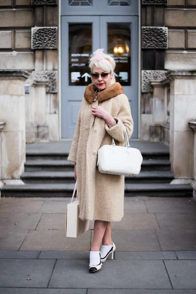 Street Style - Fifi Chachnil, London Fashion Week