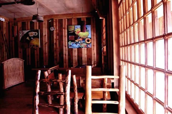 Inside Lemon Pie House
