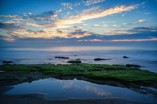 beach sunrise spring waterfront fortfisher wilmingtonnc coquinarocks fortfishersunrise leebigstopper sonyilce7r sel2470z