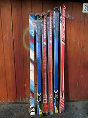 Závodní lyže pro obří slalom-starší norma R 21-27m - titulní fotka