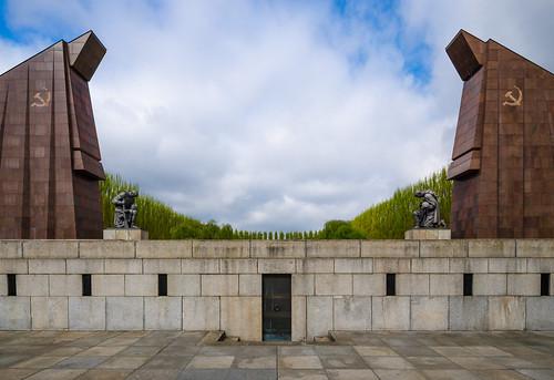 Воин-освободитель (Soviet War Memorial)