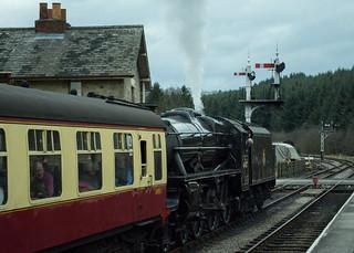 20170330-33_Black Five Engine 5MT 45407 + Train at Levisham Station
