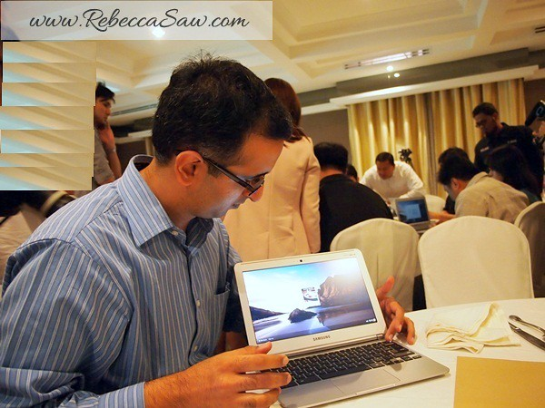 samsung 4G Chromebook launch - YTL-001