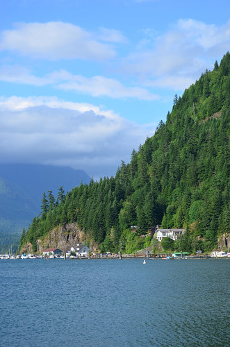 <p>Harrison Hot Springs, British Columbia, Canada<br /> Nikon D5100, 18-55 mm f/3.5-5.6<br /> June 8, 2013</p>