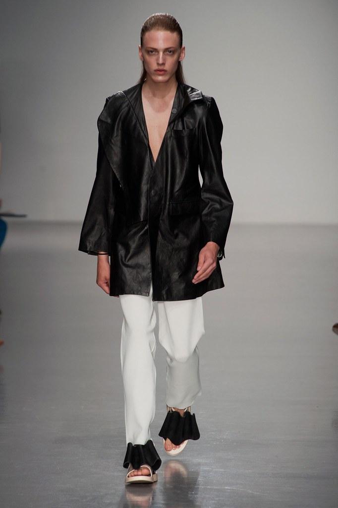 SS14 London Kay Kwok007_Erik Andersson(fashionising.com)