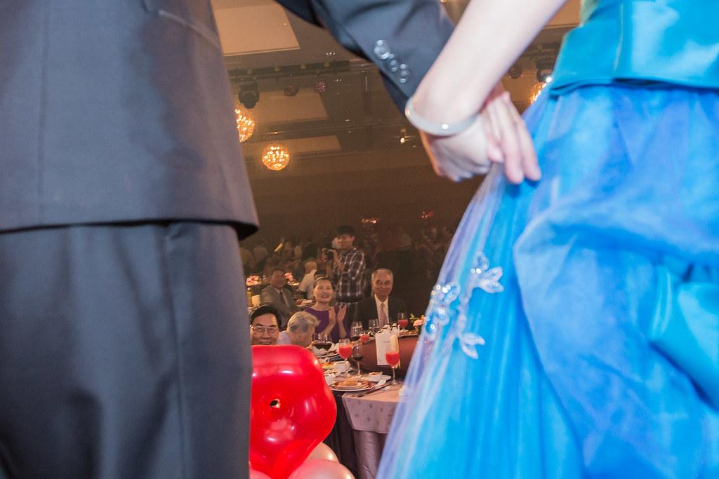 wedding0504-477.jpg