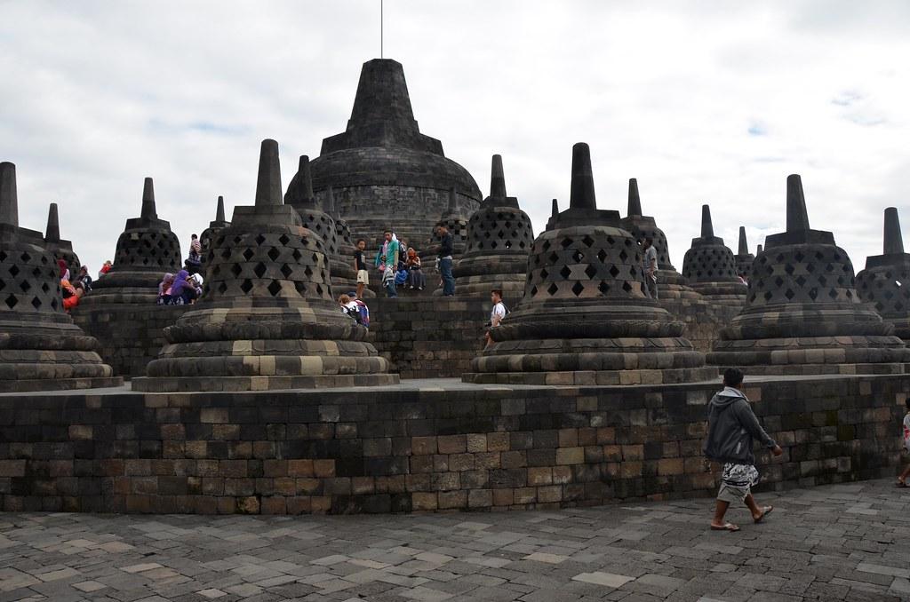 Borobudur - Wikipedia