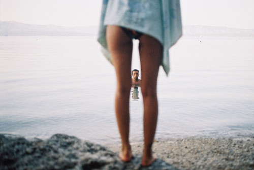 LE LOVE BLOG LOVE PHOTO COUPLE PERSPECTIVE SEE MAN BETWEEN LEGS OCEAN LOVE STORY NICE GUY BUT NOT SURE ABOUT LOVE Untitled by Marija Kovac, on Flickr