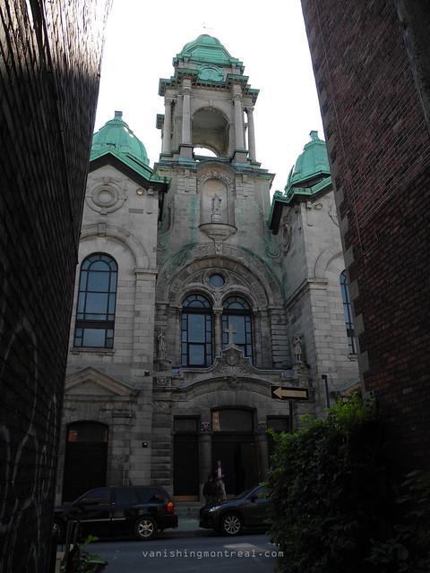 Eglise St-Henri 01