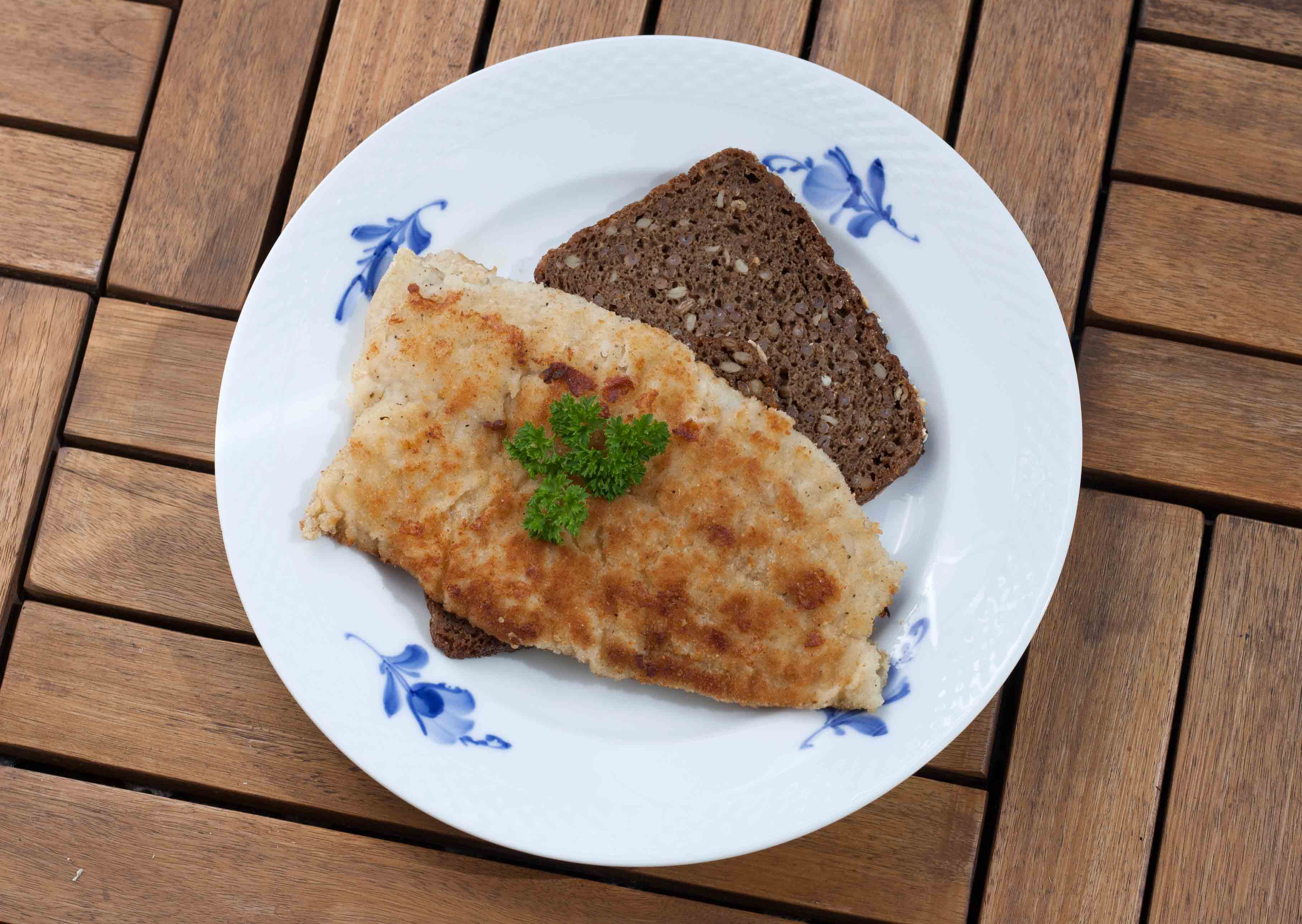 Recipe for Homemade Pan-Fried Coalfish with Rye Bread