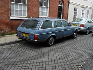 1982 Mercedes W123 230 TE
