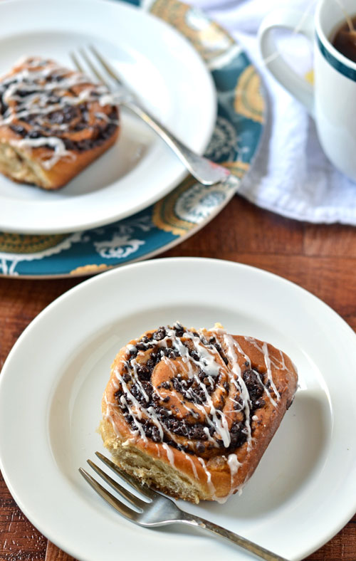 Chocolate-Chai-Cinnamon-Rolls-3