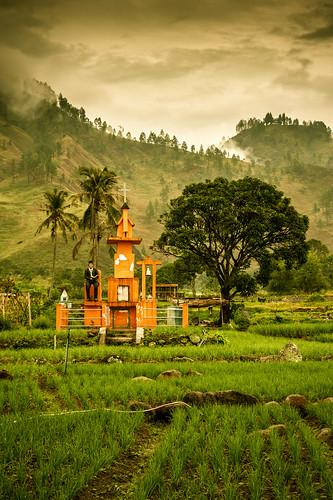 travel tourism monument indonesia landscape nikon tugu karo batak 28105mm sumaterautara tongging northsumatera d700