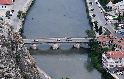 Kunç Köprü ( Hundi Köprüsü)