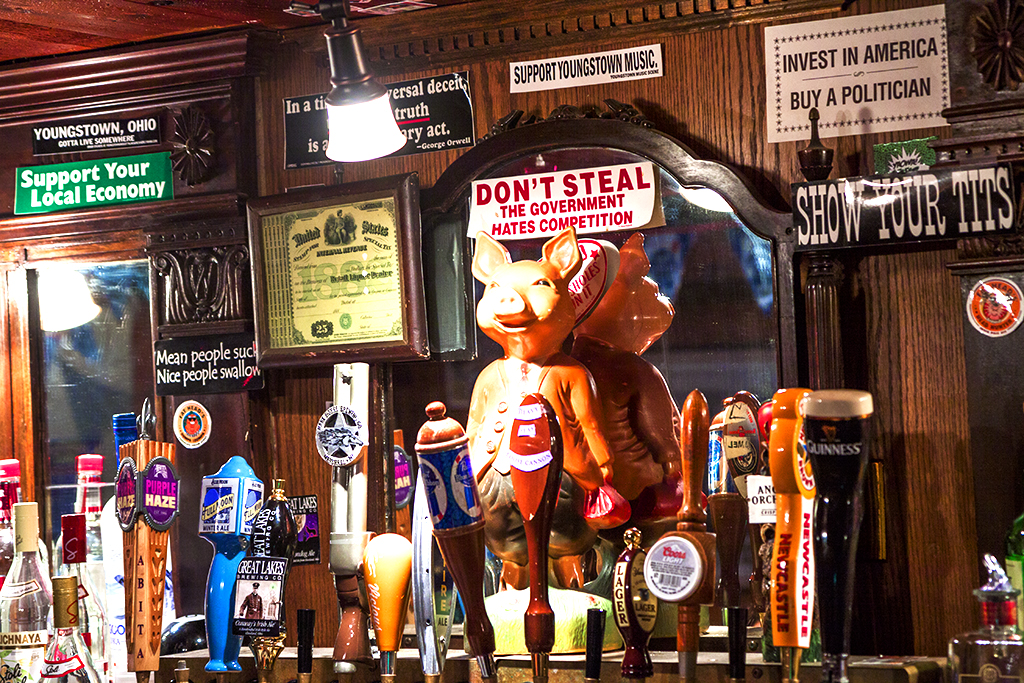 Downtown-Draught-House--Youngstown-2