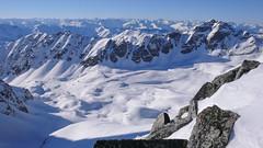 Widok z  przełęczy Pso dell Angelo (3337m), w tle szczyt Tschengler Hochwand (3375m)