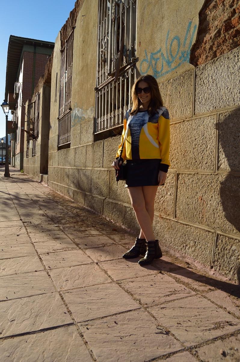 lara-vazquez-madlula-blog-black-yellow-look-elephant