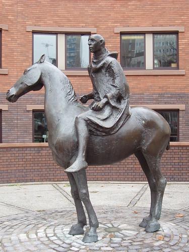 200712300027_Bristol-horse-rider
