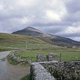 Found Photo Ireland 19720430 County Kerry Dingle Penn