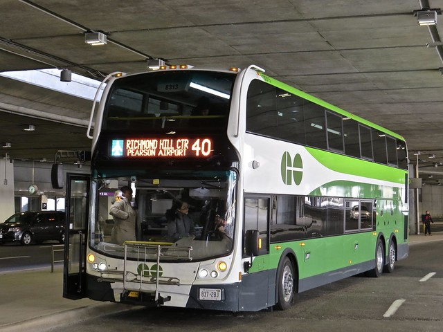 GO Transit 8313