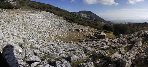 ancient theater greece epirus preveza kassopi ruins panoramic panorama monument ελλάδα ήπειροσ κασσώπη πρέβεζα θέατρο αρχαίο μνημείο canon eos d60 πανοραμική