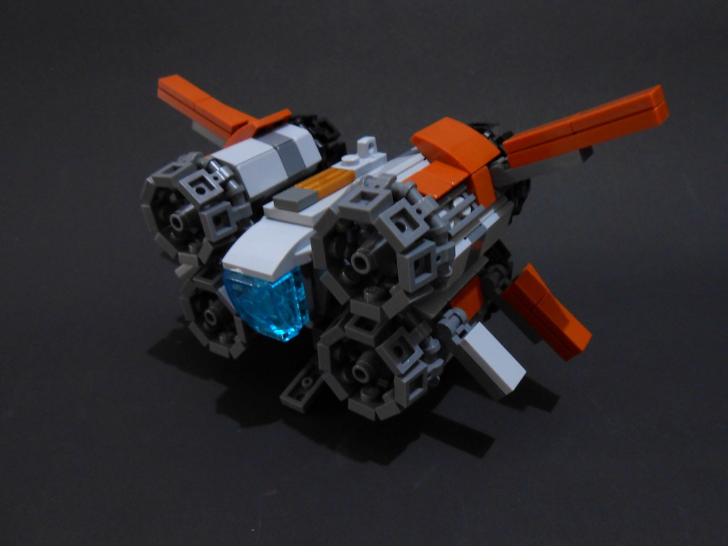 Star Wars – The Force Awakens: Quadjumper (custom built Lego model)