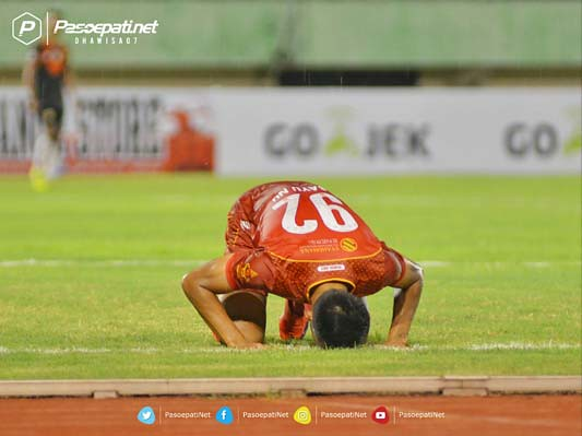 PERSIS SOLO VS PPSM (6)