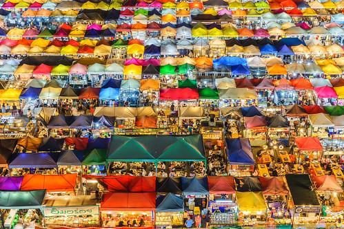 nightview nightphotography bangkok nightmarket thai esplanade sony ilce7m2 thailand fe55mmf18za