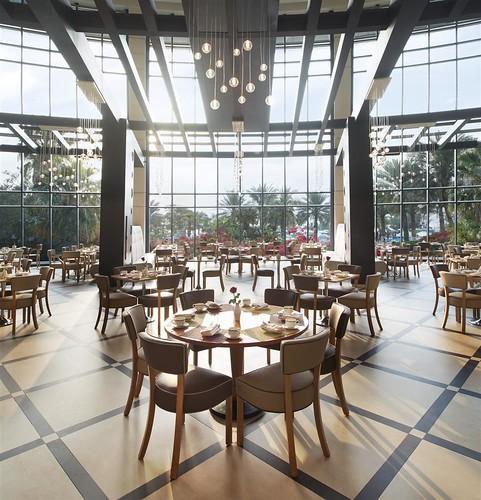 restaurant hotel views unitedarabemirates fujairah spg starwood holidayresort starwoodresorts starwoodhotels lemeridienalaqahbeachresort meetingresort lemeridienhotelsandresorts