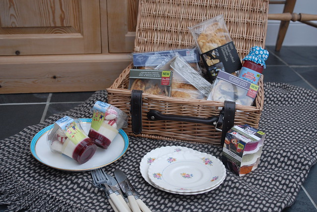 marks-and-spencer-picnic