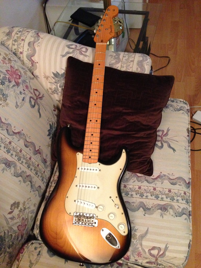 Fender   Forums     View topic   Authenticity questions about reissue     Fender   Forums Image