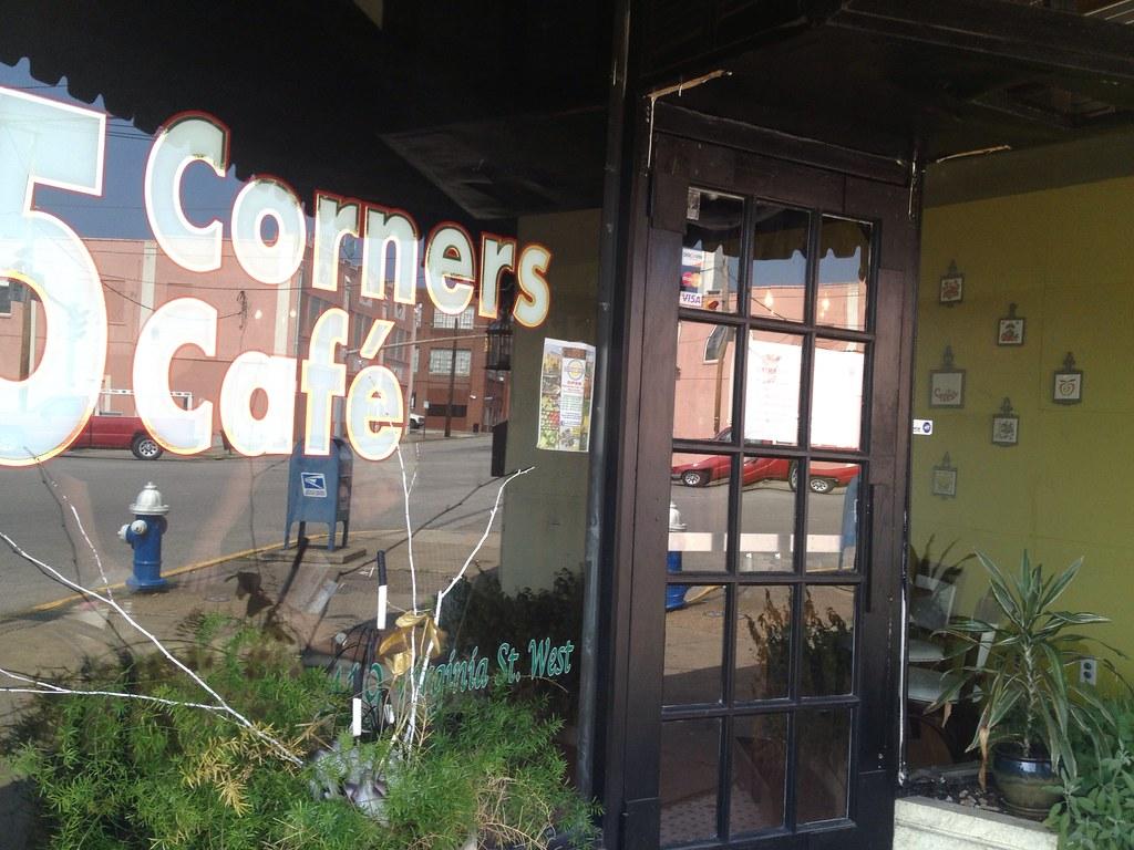 5 Corners Cafe