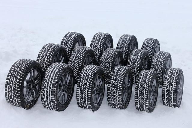 test des pneus d 39 hiver 2013 winterreifentest 2013 flickr photo sharing. Black Bedroom Furniture Sets. Home Design Ideas