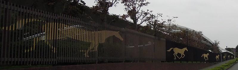 競馬場の柵【【バイク便】埼玉県南西地区&東京多摩地区より緊急配送 ...