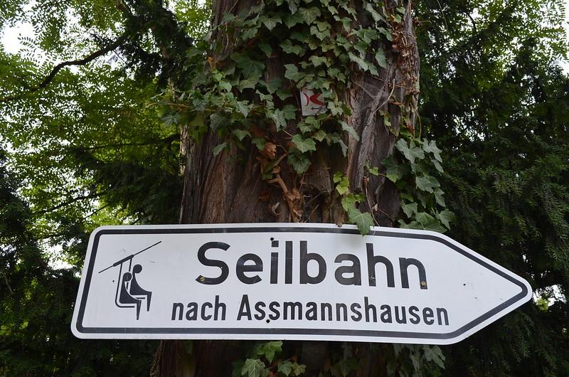 Rheingau Romantik Tour_Seilbahn sign