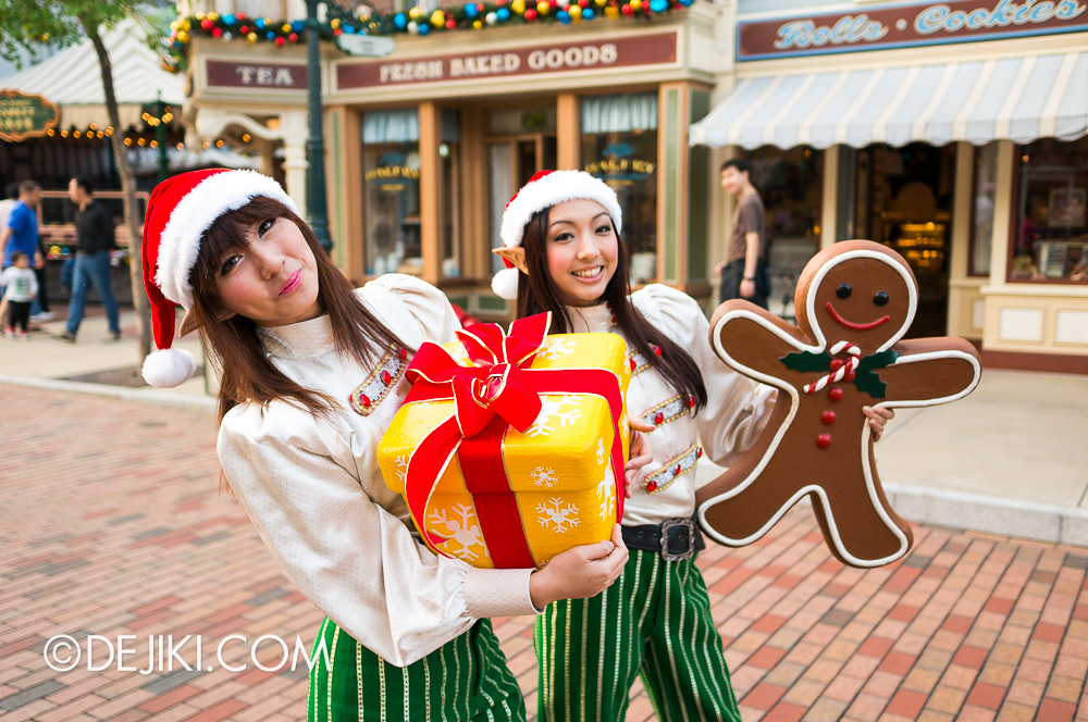 HKDL - Main Street USA Christmas Town - Elves