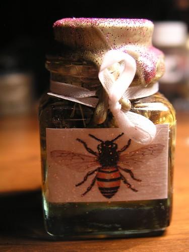 Saint Rita honey jar (back)