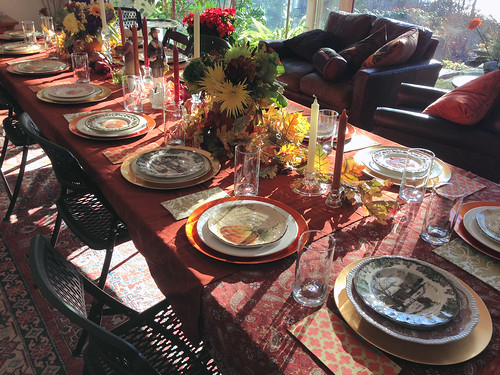 pumpkin vases on thanksgiving table
