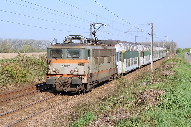 BB 16617 + TER 841901 Lille-Flandres - Hirson