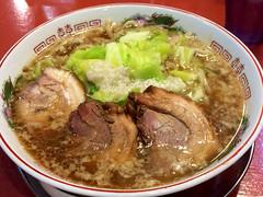 kuy teav(0.0), nabemono(0.0), noodle(1.0), bãºn bã² huế(1.0), lamian(1.0), ramen(1.0), noodle soup(1.0), soto ayam(1.0), butajiru(1.0), meat(1.0), food(1.0), beef noodle soup(1.0), dish(1.0), haejangguk(1.0), soup(1.0), cuisine(1.0),