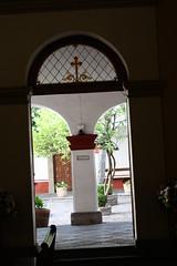 Puerta al Claustro