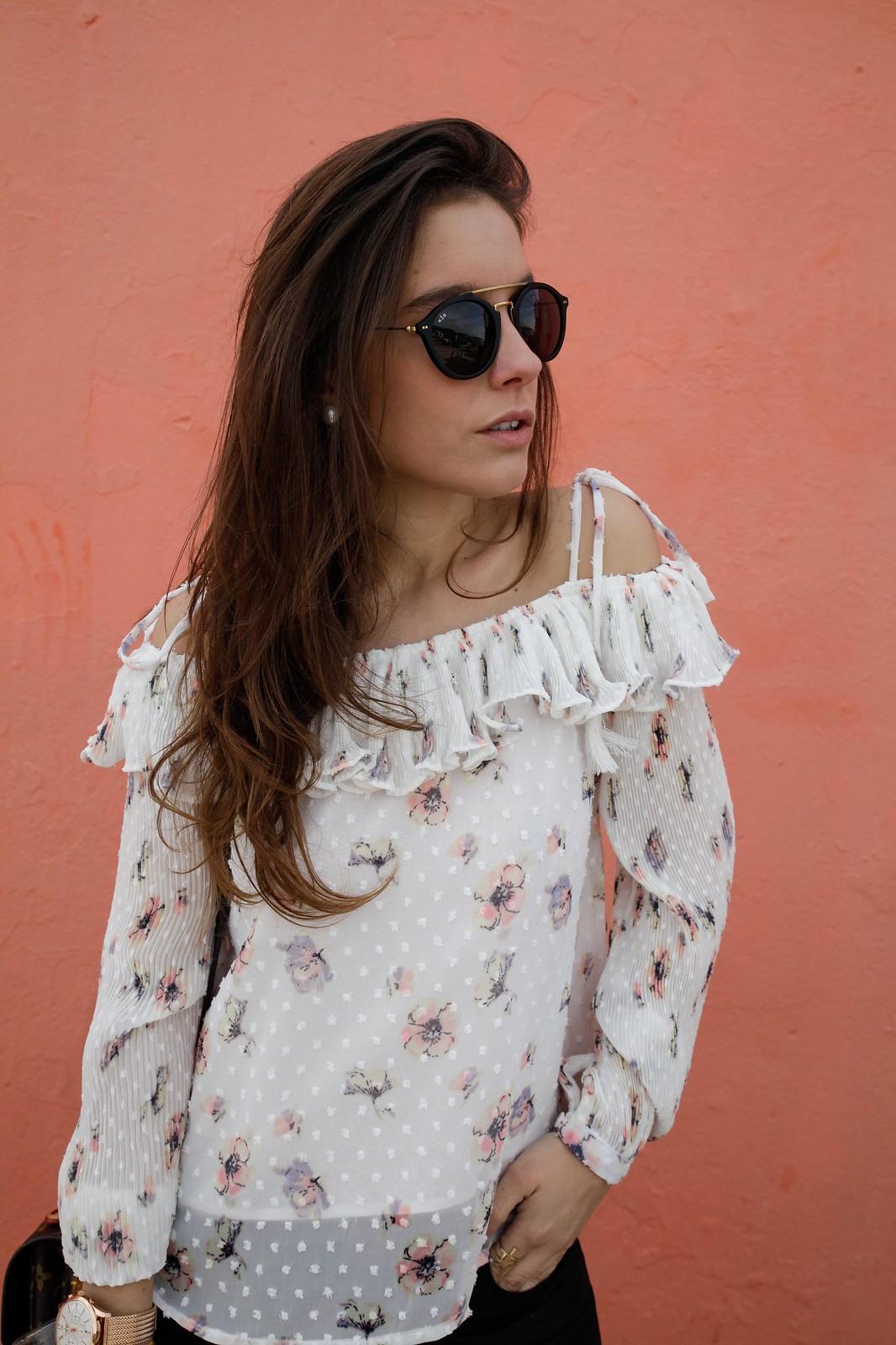 013_BLUSA_DE_FLORES_DEBY_DEBO_FASHION_BLOGGER_THEGUESTGIRL_BARCELONA_LAURA_SANTOLARIA_THE_GUEST_GIRL