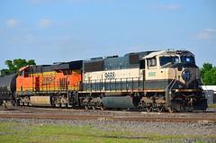 BNSF 9688 + BNSF 7437