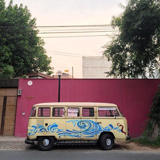 Dreem Masheen #volkswagen #vw #vwt1 #sambabus #miraflores #morninautos #soloparking #chivera #aircooled #vwbus