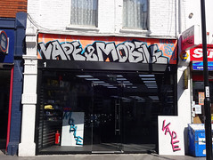 Picture of Vape And Mobile, 1 Selsdon Road