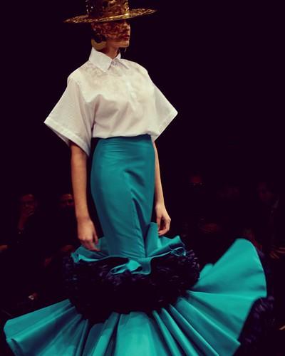 ¿Te gusta la #modaflamenca? Asómate a mi #nuevopost 🌺 tupersonalshopperviajero.blogspot.com.es/2017/04/flamenco-fashion-trends-simof.html Se acerca la #FeriadeAbril #flamencofashion #simof2017 #trends #lifestyleblog #tupersonalshopperviajero #blo